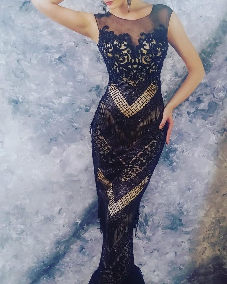 robe libanaise noire et creme