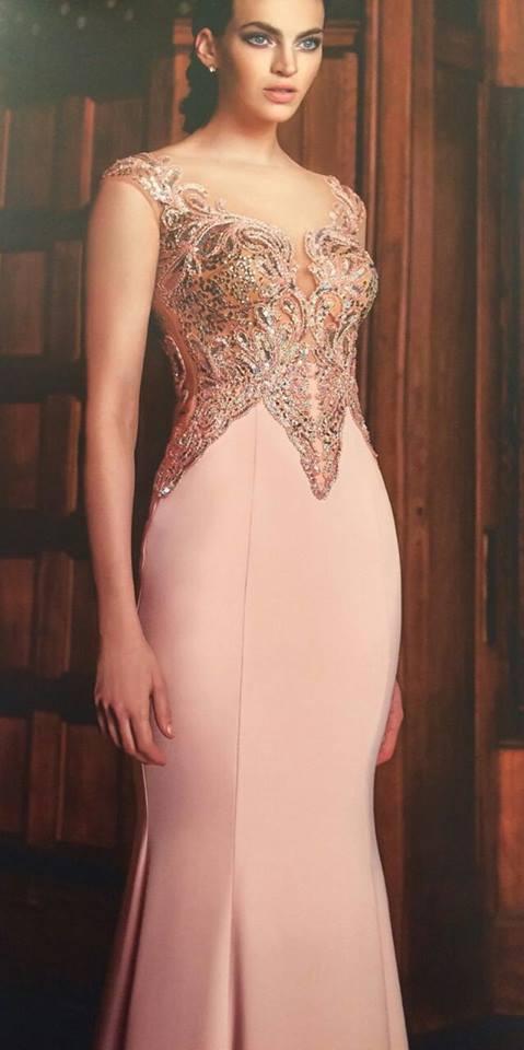 robe libanaise rose perlée