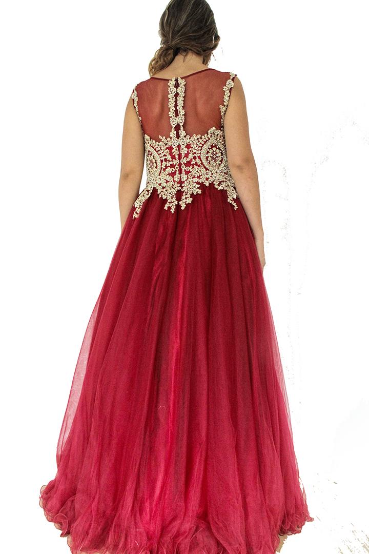 robe princesse volumineuse dubai et libanaise. Robe de soirée, robe de mariée, robe henna.