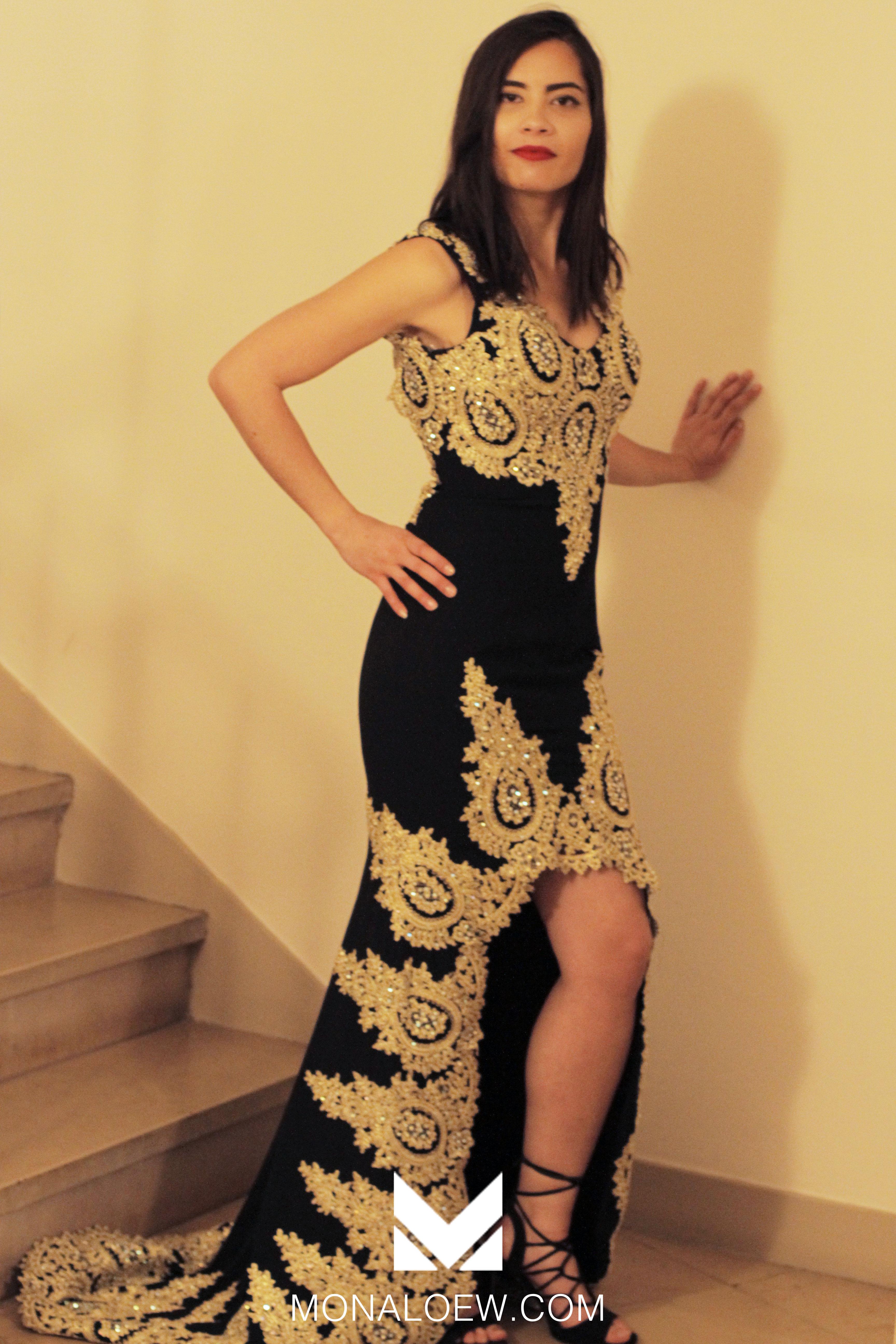 Robe libanaise orientale marocain ouverte sur le devant. Longue robe sexy moulante. Caftan pour mariage