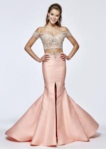 ac21f8eb4a7d Les robes de princesse de Tarik Ediz   Histoire et Style • MonaLoew