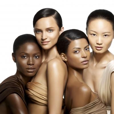 Choisir sa robe de soirée en fonction de sa couleur de peau
